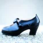 Der Herr der Schuhe - Frankfurt - Pumps – Massschuhe aus schwarzem Kalbleder
