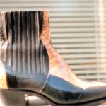 Der Herr der Schuhe - Frankfurt - Herren Stiefelette mit Gummizügen Massschuhe in einer Kombination aus schwarzem Kalbleder, schwarzem Eidechsenleder und Kobraschlangenleder