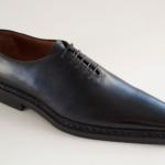 Der Herr der Schuhe - Frankfurt - Herren Schnürhalbschuh OnePiece – Modellschuh aus schwarzem Kalbleder, Oberleder aus einem Stück ohne Naht, Sohle zwiegenäht
