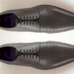 Der Herr der Schuhe - Frankfurt - Herren Schnürhalbschuhe Derby – Massschuhe aus grauem Kalbleder mit Zierlochung