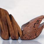 Der Herr der Schuhe - Frankfurt - Schlangenschuh mit modelliertem Holzplateau, Projektarbeit für ein Parfüm