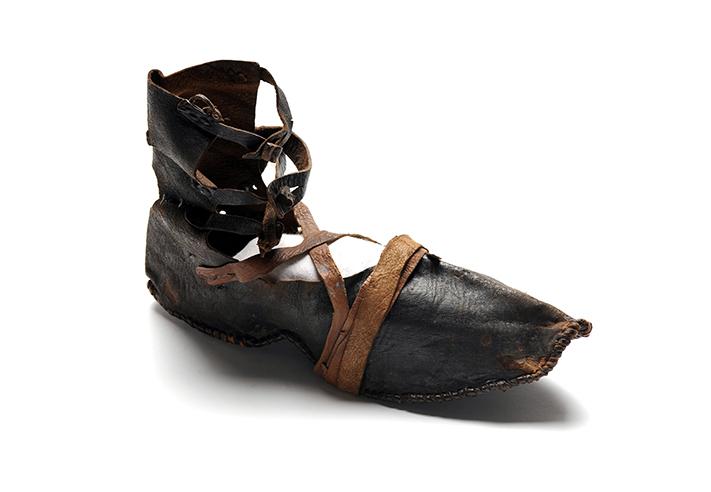 Die Geschichte und Bedeutung von Schuhen Der Herr der Schuhe